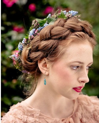 Bridal hair flowers by Jill Wild, Flowersmith