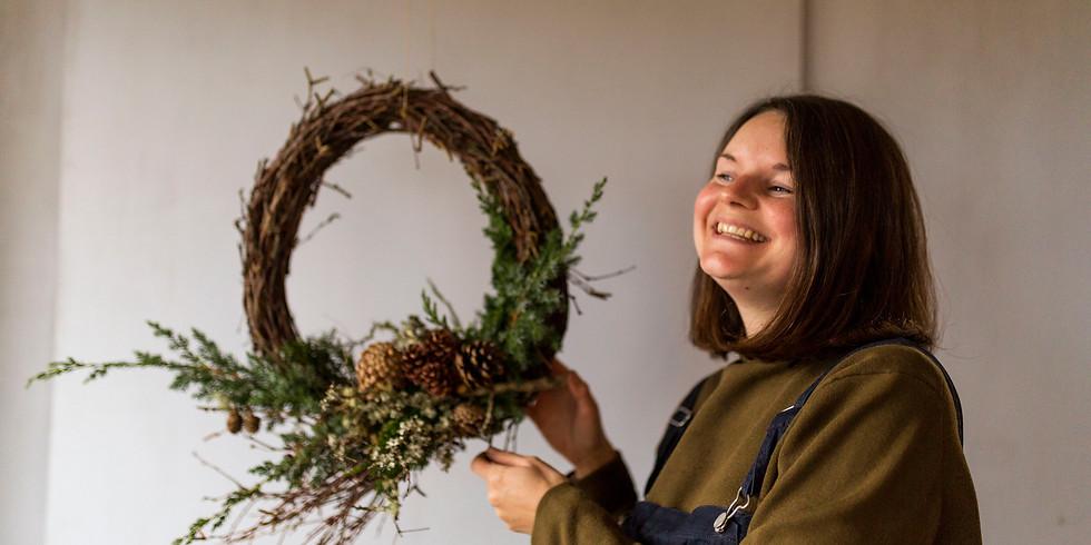 Hanako & Wild Winter Wreath Workshop 3