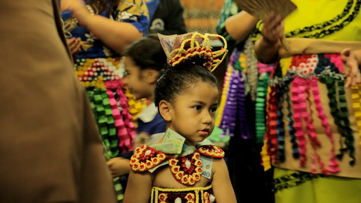 FMFK Tongan dancing girl close up.jpg