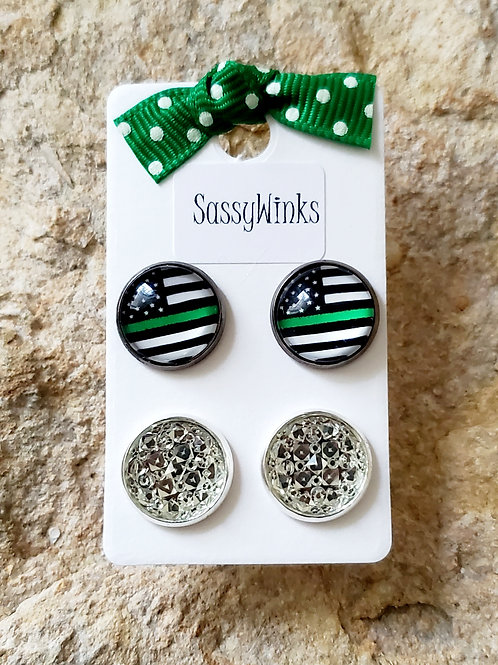 Green Line Flag Studs (633)