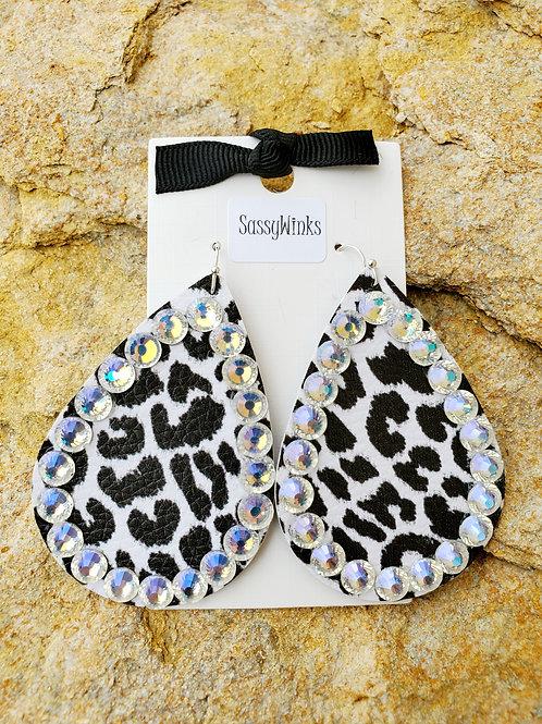 Black & White Cheetah Teardrops (155)