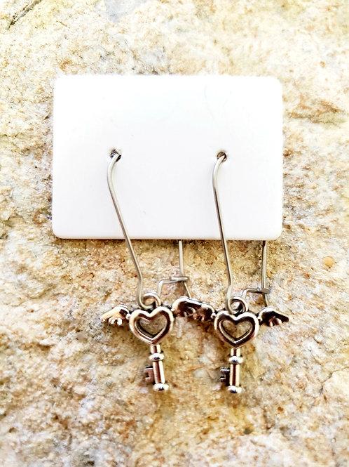 Key Heart Hoops (462)