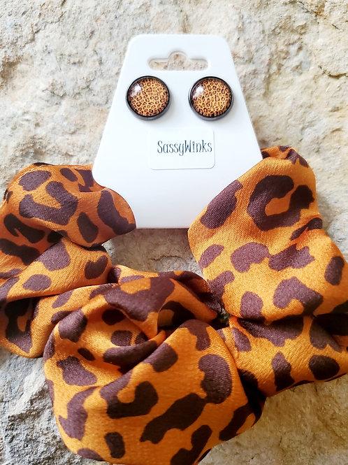 Cheetah Scrunchie & Stud Set (Golden)