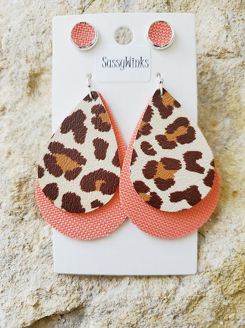 Coral Cheetah Layers & Studs (575)