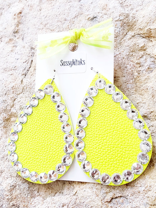 Neon Yellow Sparkle Teardrops (242)