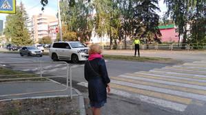 Сотрудники ОГИБДД Озерска проверили перевозку детей