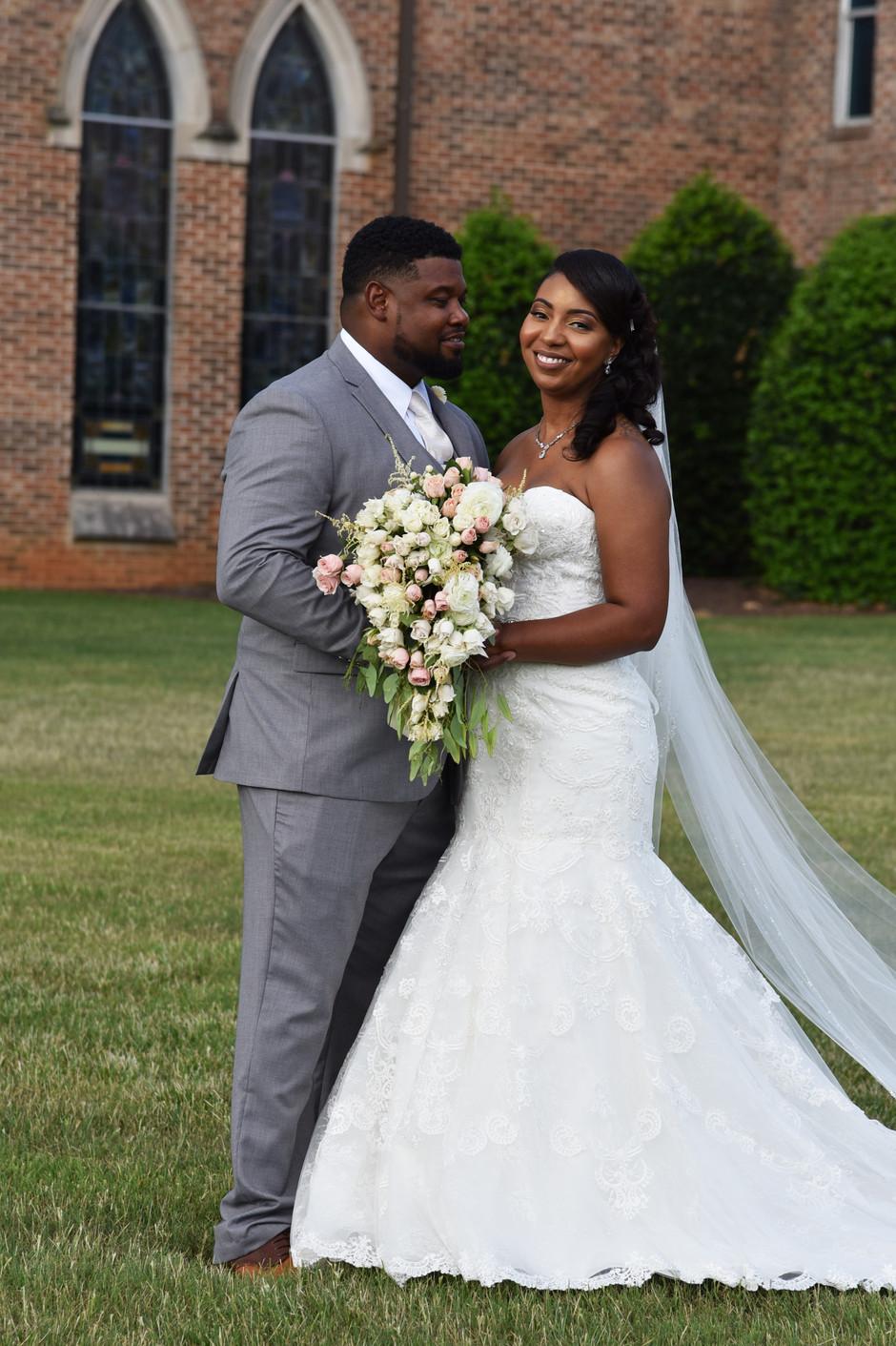 Kellie + Tristan's wedding day; Scottsboro, AL wedding photographer