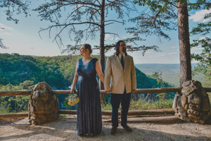 Candace + Jonathan; Cloudland Canyon Wedding