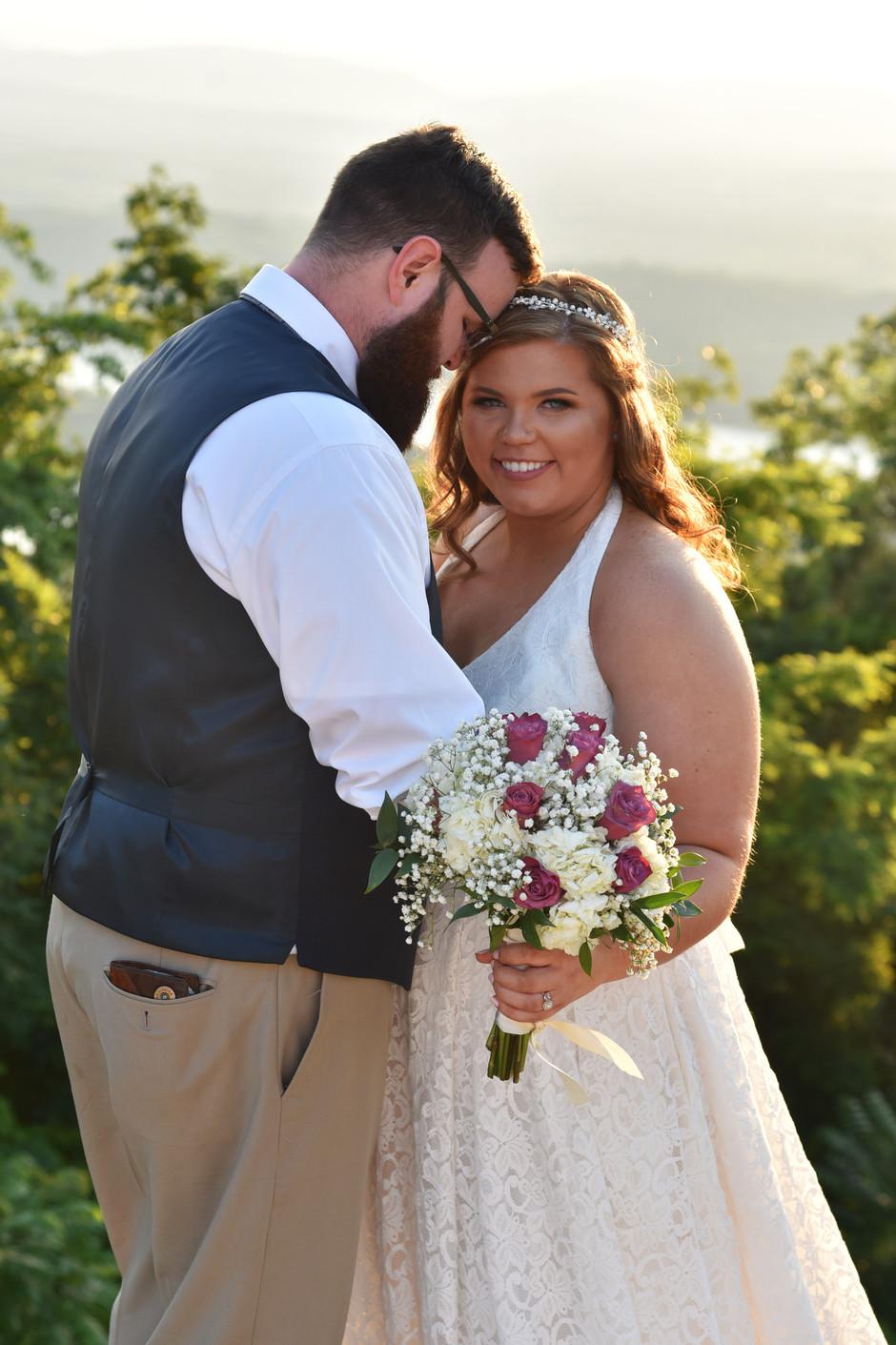 Holly + Brandon's wedding day; Scottsboro, AL wedding photographer