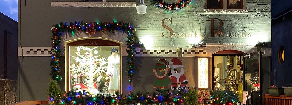 Swanky Pickens Christmas Decor!