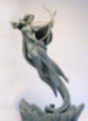 Femme sculpture légère - V2.jpg