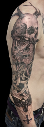 Paganism inspired 3/4 sleeve