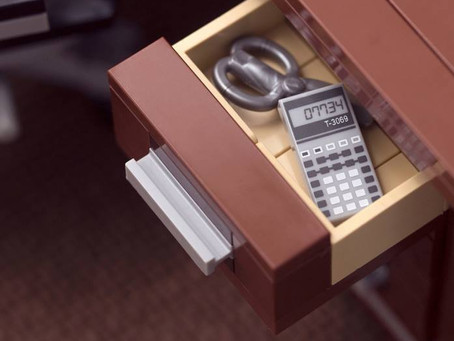 Make a nice Lego MOC desk