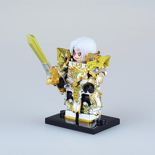Golden Knight ,  by Night Creation minifigure