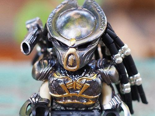 Predator 2018 minifigure (Nickel Silver+18k Gold Gilding)