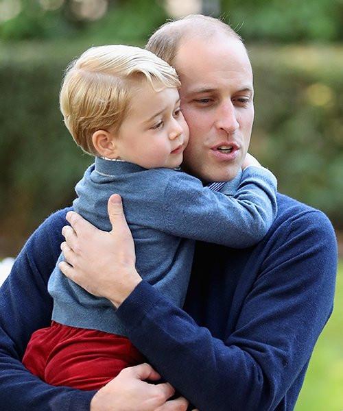 Príncipe Willian e príncipe George método montessori