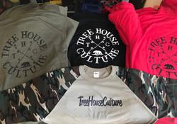Custom hoodies & long sleeves