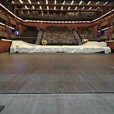 Nouveau plancher de scène de la salle du Théâtre National La Colline à Paris