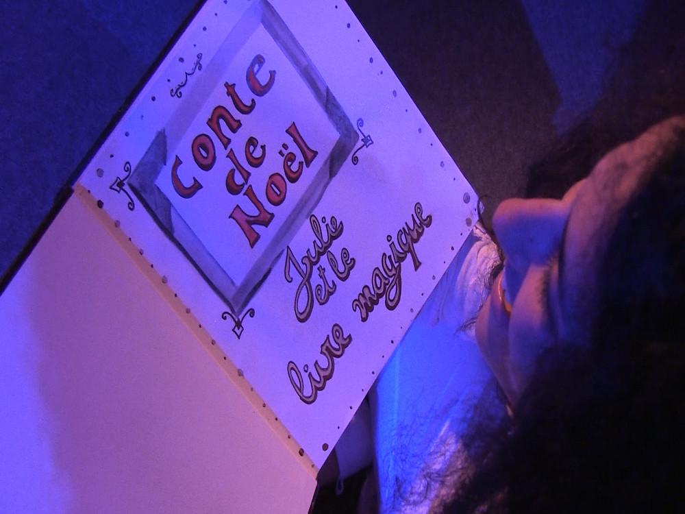 Julie et le livre magique