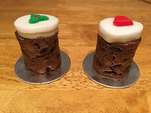 Small individual Christmas Cake