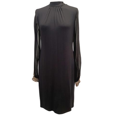 Robe Noire à Manches Transparentes