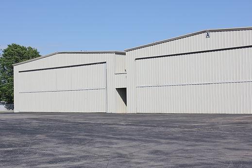 corp hangar.JPG