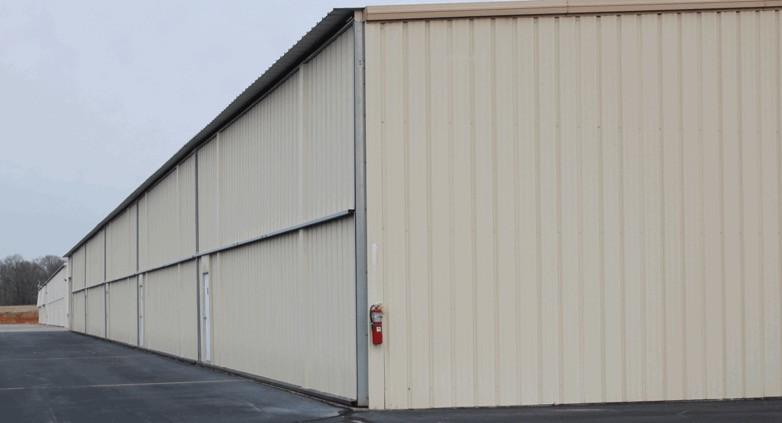 Rows of T-Hangars