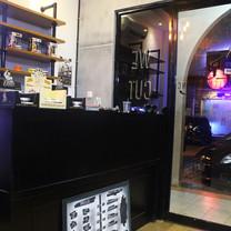 Interior View - GENTLEMEN INC Barkbershop
