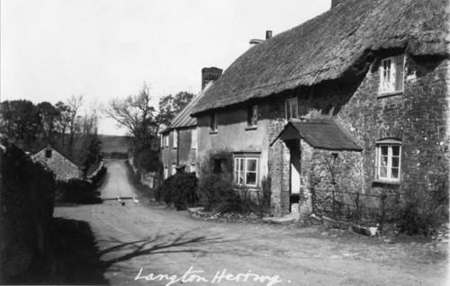 Shop Lane - looking towards Blacksmiths