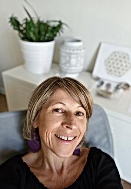 Nathalie Le Cam, voyageuse de l'âme, formatrice et énergéticienne