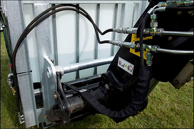 Suttons Hydraulic Pressure Washer Manitou Quick Fit bracket High Pressure Washer wash system herefordshire uk