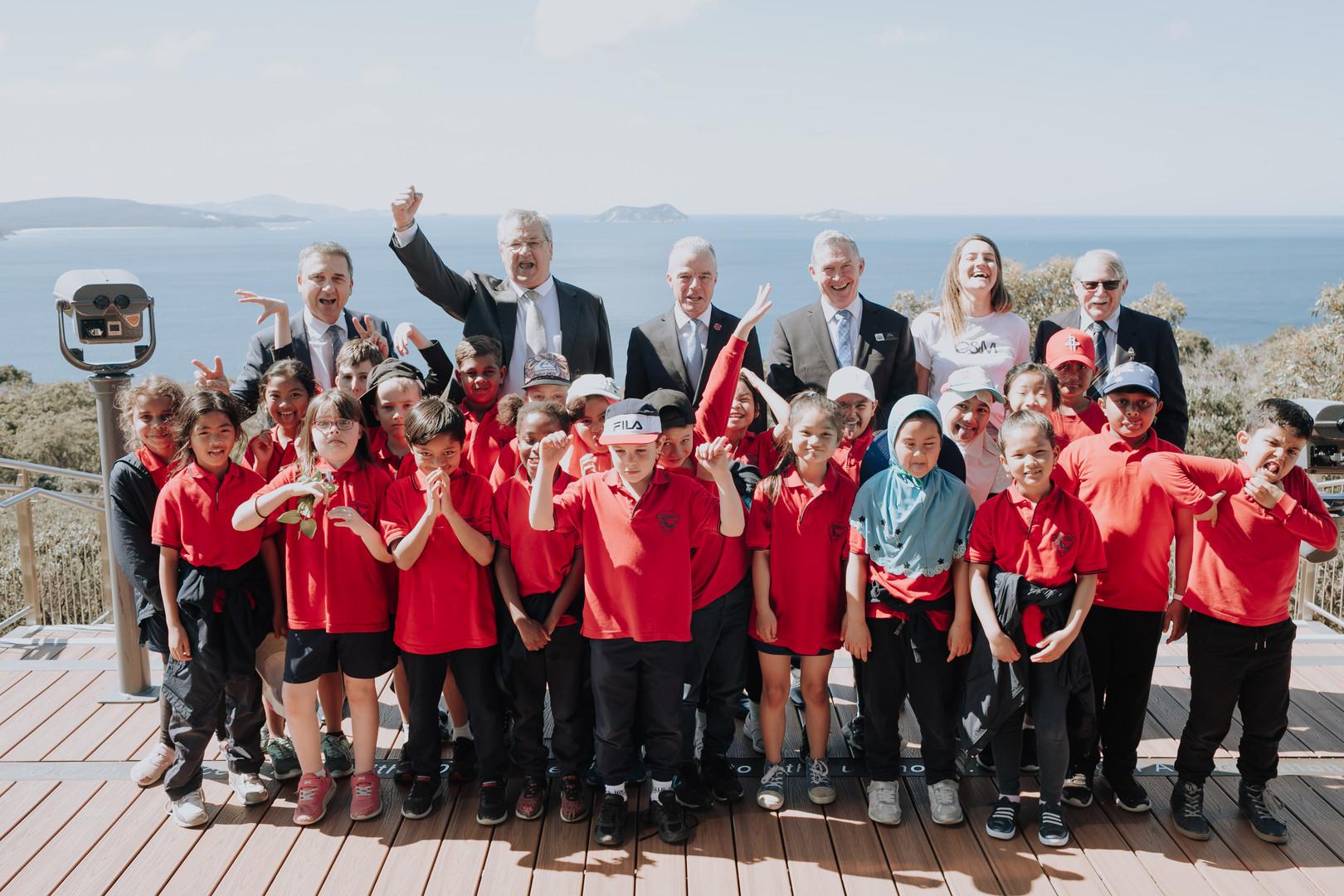 Australian War Memorial Director and visiting school