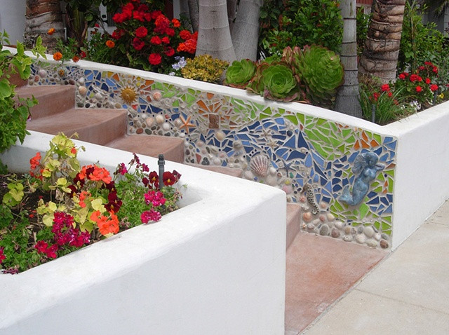 Oregon garden art and sculptures for landscaping and home.sculpture-oregon-or-mosaic-ho