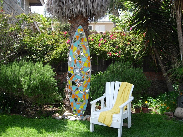 Outdoor surfboard showers for your New York home and garden.