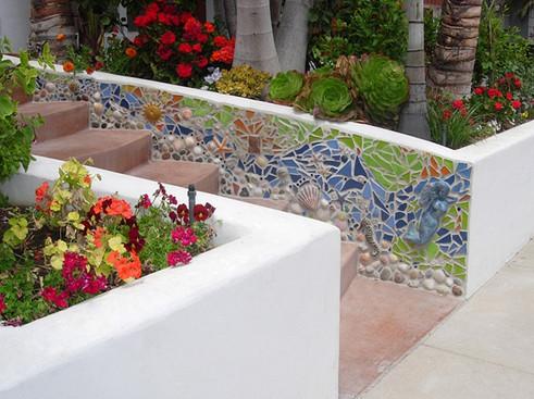 Garden sculptures and garden art for South Carolina landscaping and home.