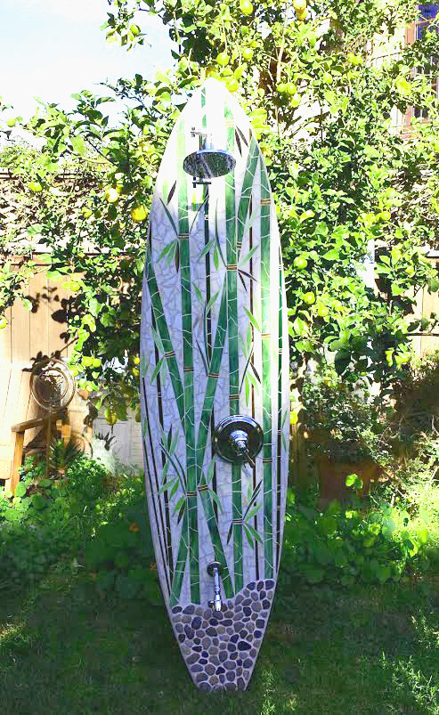 Outdoor surfboard showers for your Washington home and garden. hower-surfboard-shower-washingt