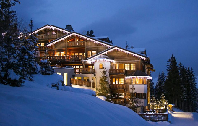 A Ski Hotel With Awe-Inspiring Views In The French Alps: Le Strato, Courchevel