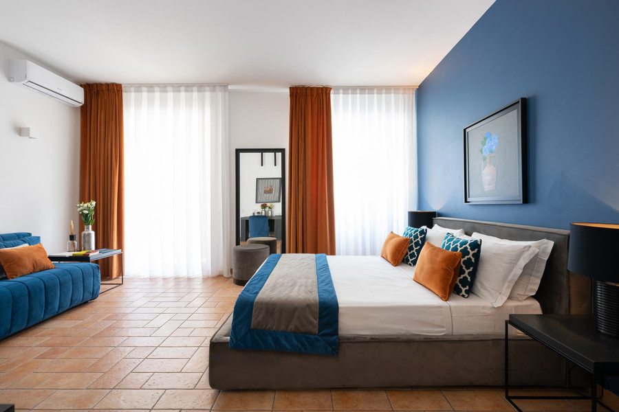 Room 2 Deluxe