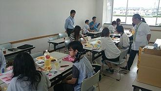 尚絅大学生とのからいも離乳食開発.jpg