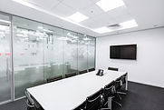 meeting-room-730679_1920.jpg