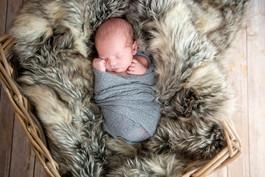 Peter James_Newborn-4.jpg