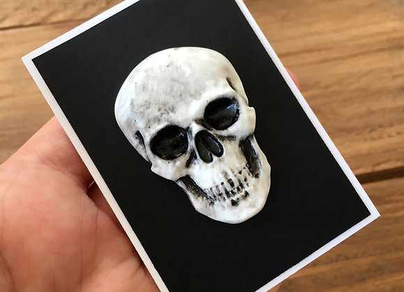 Alternative skull pin badge