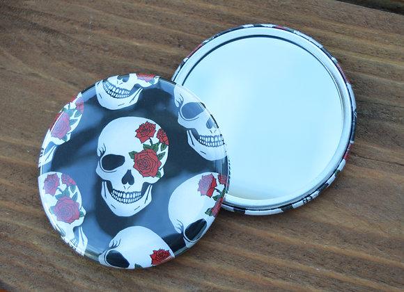 Skull pocket mirror