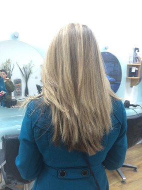 All over hair highlights - by Charu Shah