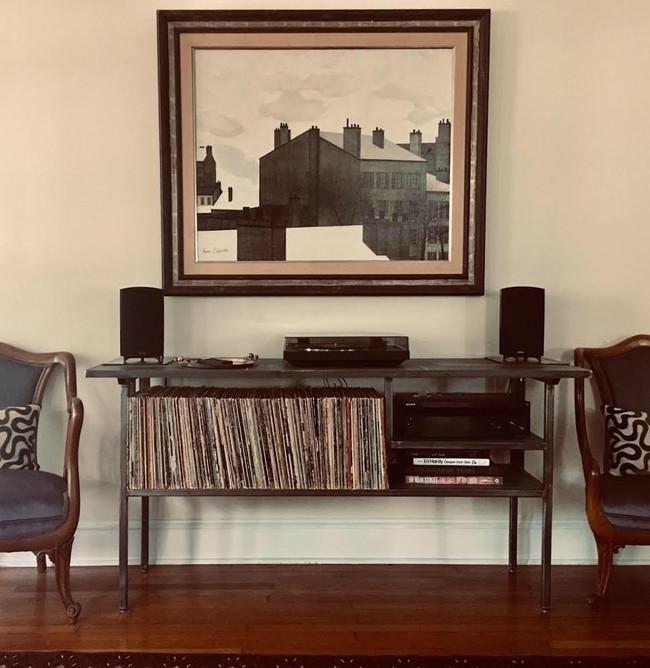 record console.jpg