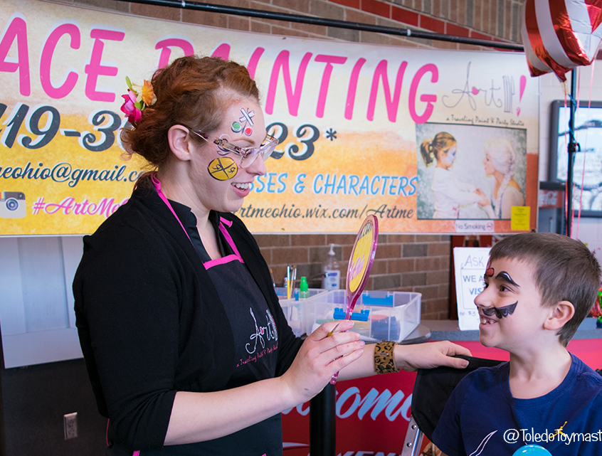 Face painting with ArtMe