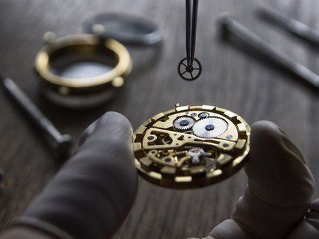 What's Involved in a Complete Watch Service?