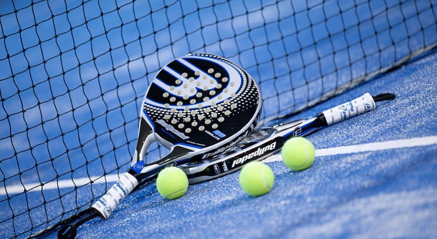 padel racquets.jpg