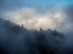 Glacier peak wilderness fog