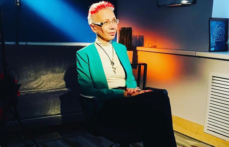 лидер движения секс-работников и тех, кто их поддерживает по защите здоровья, достоинства и прав человека «Серебряная Роза»
